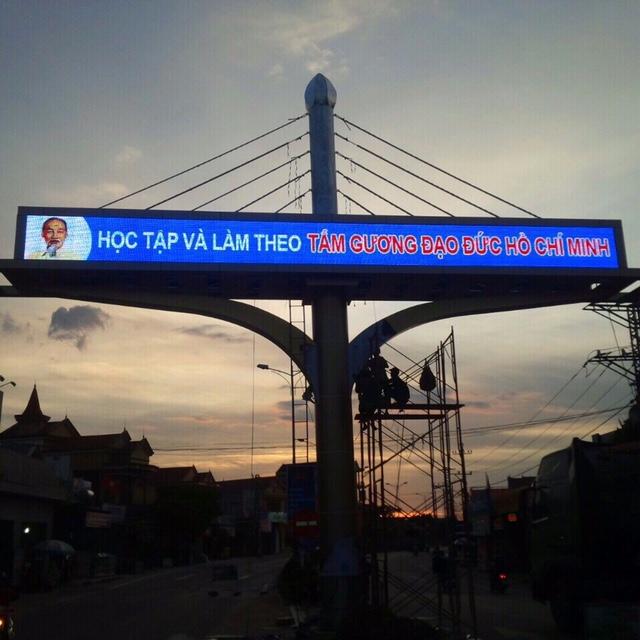 cổng chào thị xã Ba Đồn